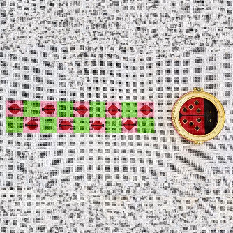 Nashville Needleworks-6277 - Ladybug Round Box